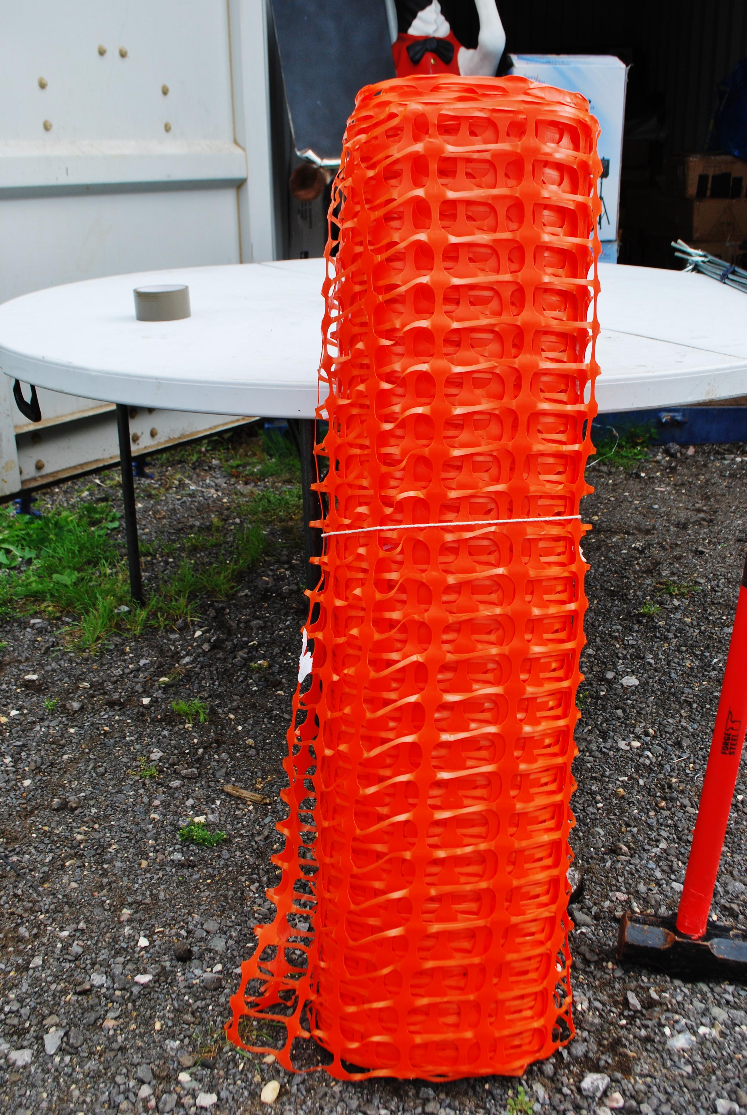 equip_orange_netting_roll
